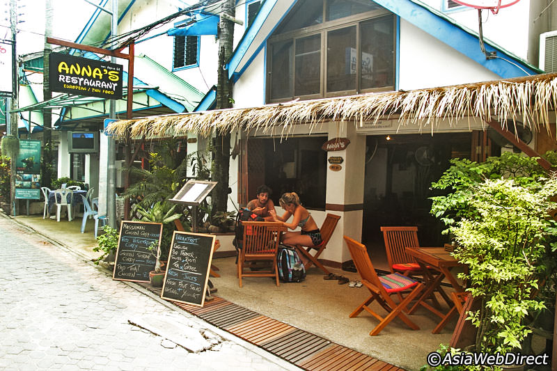 If your'e staying near Tonsai Bay on Phi Phi Island, Thailand, then you MUST eat at Anna's Restaurant!
