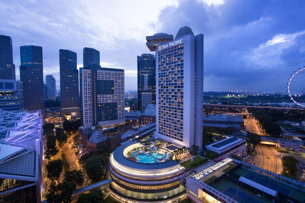 Pan Pacific Hotel In Singapore Is A Great, Budget Friendly Option