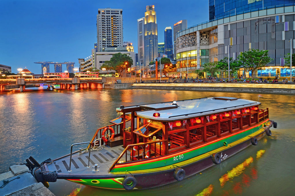 You Must Take A Ride On The Singapore River Taxi When Visiting