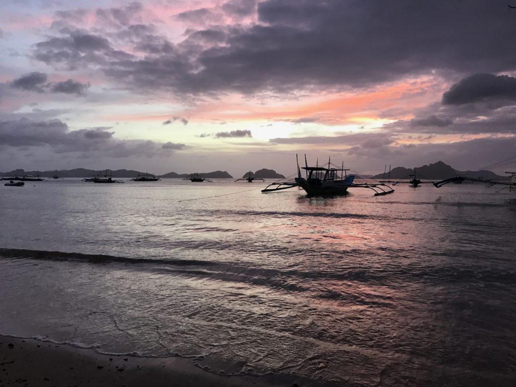 La Plage Beach Bar & Restaurant Is The BEST Restaurant In El Nido, Palawan