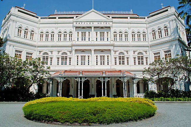 The Historic Raffles Hotel In Singapore