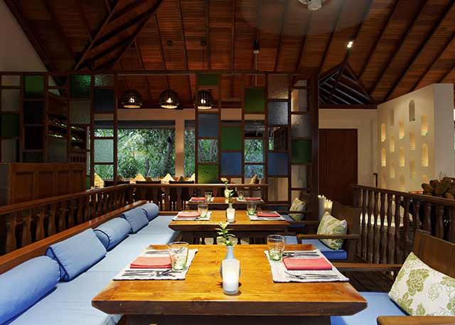 For delicious Thai food while staying at Centara Grand Island Resort And Spa, Maldives, then be sure to eat at Suan Bua!