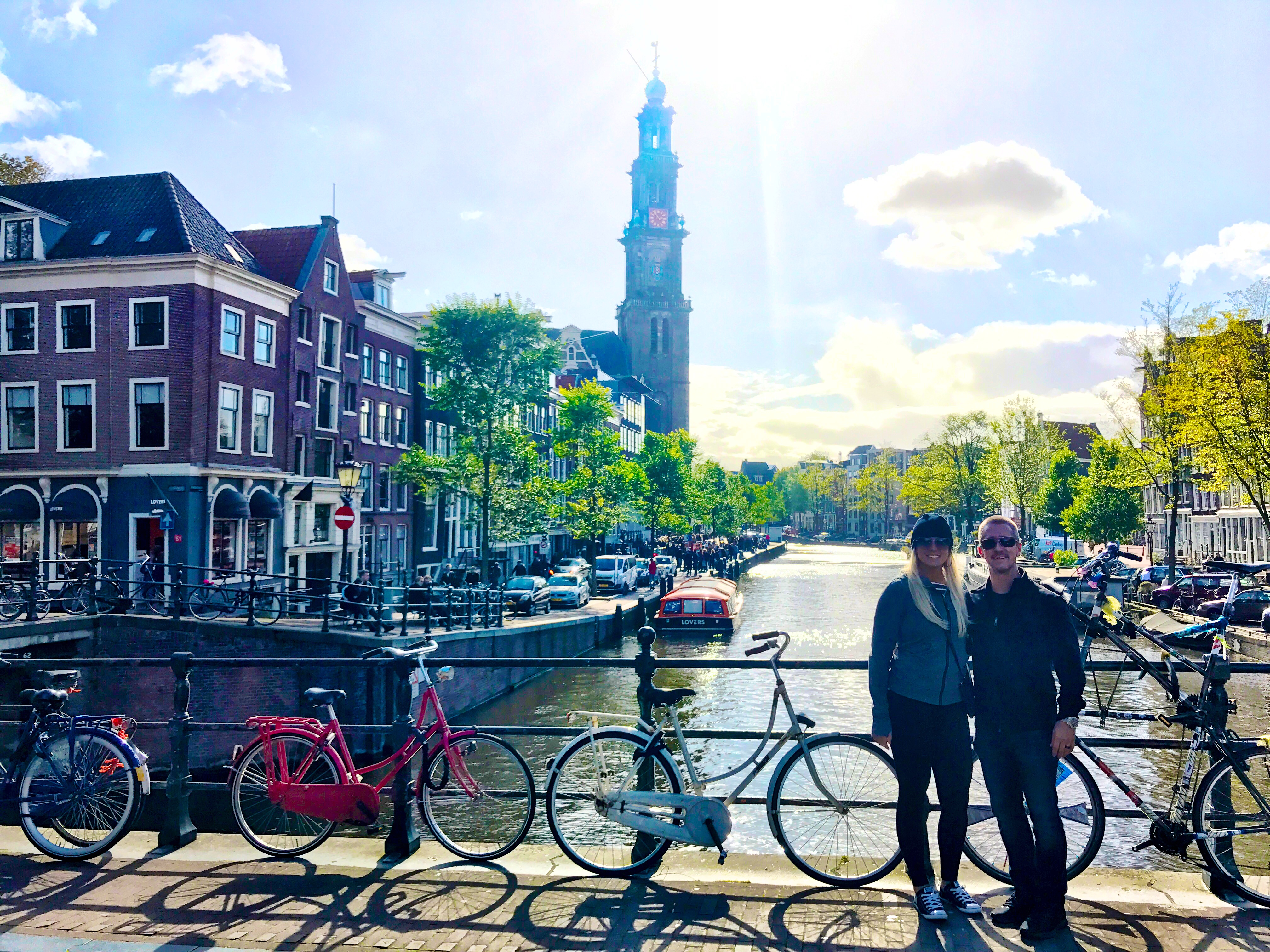 Narrow canals and trendy streets lined with Dutch houses, cool pubs and delicious restaurants make Jordaan the most gorgeous and most popular districts in Amsterdam, Netherlands.