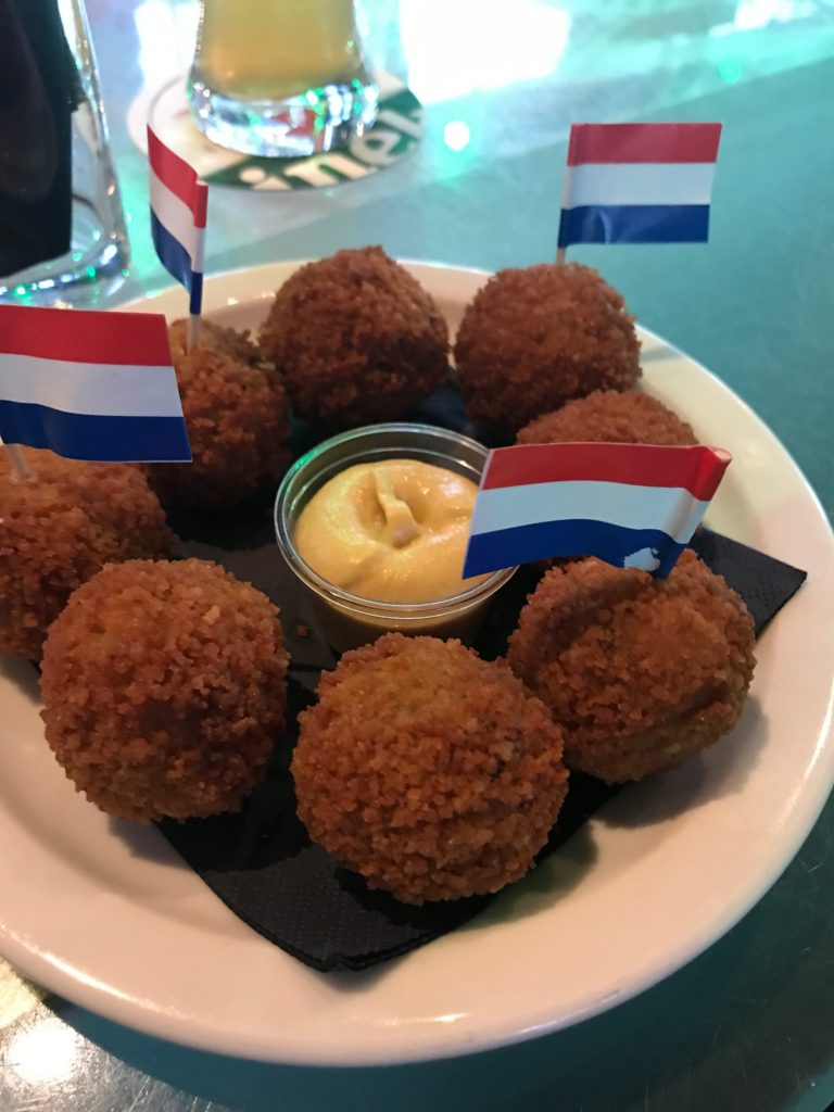 I've listed the MUST try foods while your visiting Amsterdam, Netherlands (including these delicious Dutch croquettes, or kroketten)!